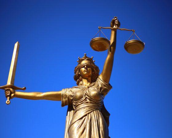 La Responsabilidad Civil y Disciplinaria de los Abogados.